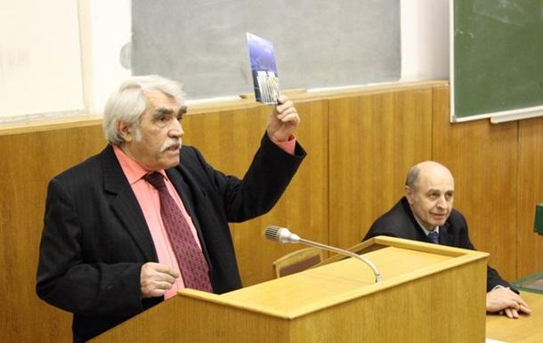 Найстаріший дисидент Молдови про свою молодість, творчість та пошуки раю в Союзі