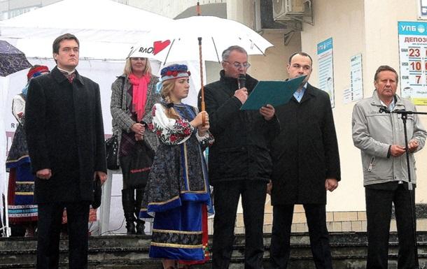 На Свято Покрови троєщинці об'єднувалися проти влади  регіонів