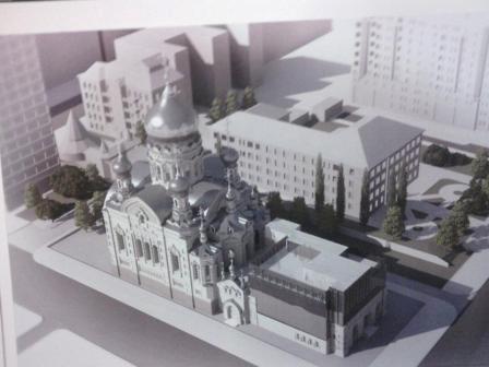 На Троїцькій площі можуть побудувати «церкву з оранжереєю» (Фото)