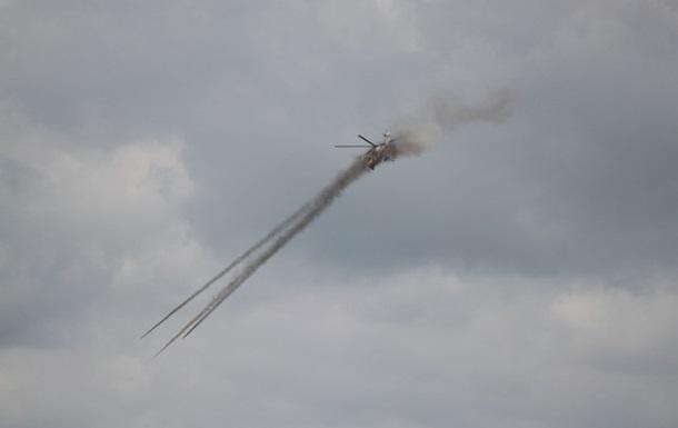 На Львівщині військові вертолітники тренувалися у бомбометанні