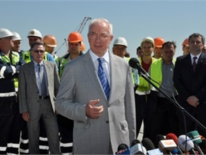 «Ошибка Николая Азарова,  или премьер покрывает коррупционеров?»
