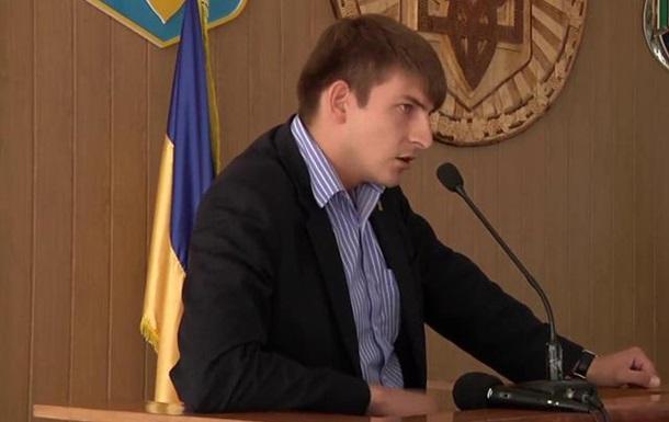 На Тернопільщині в Почаєві заборонили портрети політичних та державних діячів