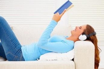 Що заважає українцям читати?