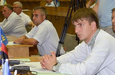 На Тернопільщині депутати Почаєва обурена  мовним  законопроектом.