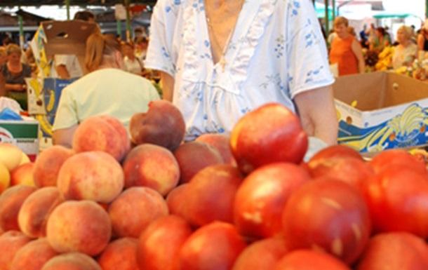 Свіжі ягоди корисні для шлунку, і допомагають від спеки