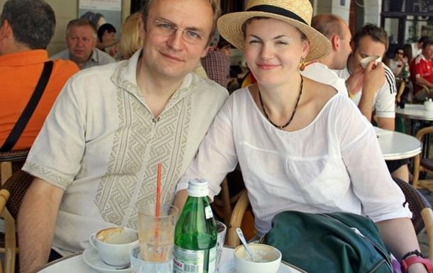 Мэр Львова живет с пятью детьми в трехкомнатной квартире