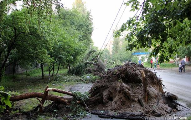 Последствия урагана на Куренёвке