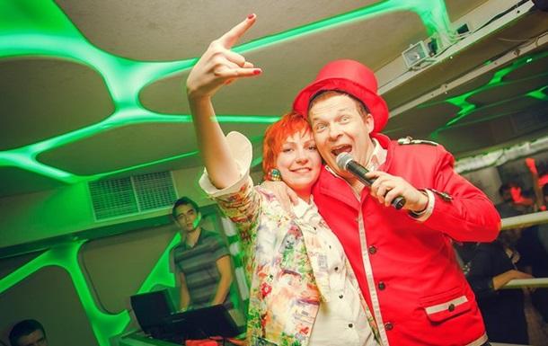 Сергей Величанский и Соня Монина устроили в клубе разврат!