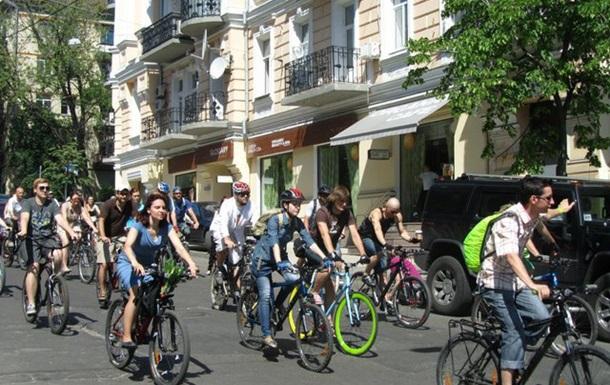 Велосипед  или автомобиль:  на чем быстрее?