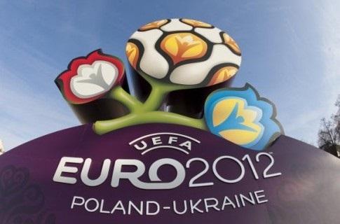 От бойкота Евро-2012 рядовые украинцы проиграют