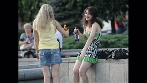 Підлітковий алкоголізм прогресує