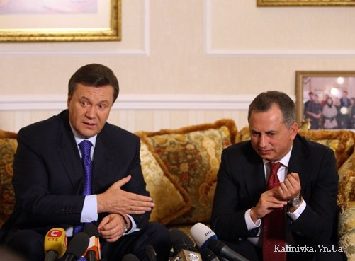 Почему Янукович еще не уволил Колесникова?