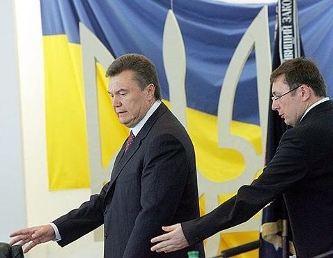 Два + четыре. Блогеры Корреспондент.net о Януковиче и Луценко