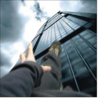 Эффект Вертера  - Кто толкает подростков из окна?