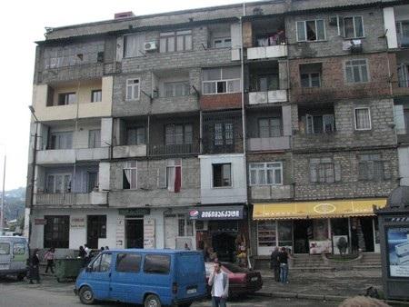Грузия: за чертой бедности свыше трети жителей