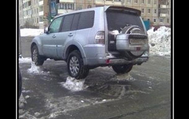 про уборку снега во дворах:)