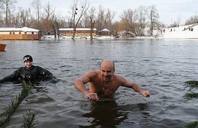 Водохрещенське пірнання на Черкащині перетворюється на грандіозне дійство