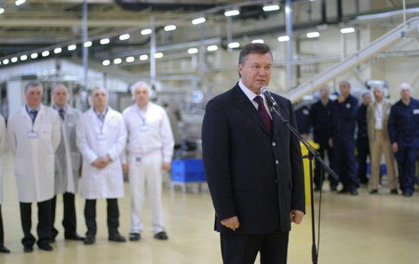 Янукович подписал закон о выборах народных депутатов