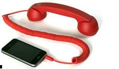 Прикольный гаджет: Bluetooth ретро гарнитура к мобильному.