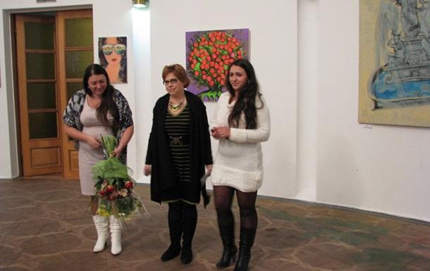 Художниці з сонячної Ялти виставили свої роботи в Києві