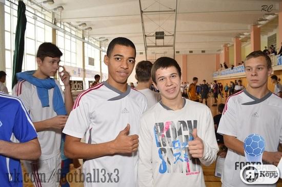 Близько 500 юних гравців взяли участь в масштабному змаганні з футболу 3х3