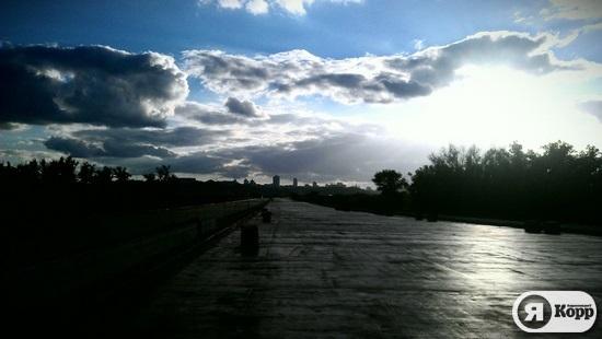 Прогулка по недостроенному мосту на Троещину