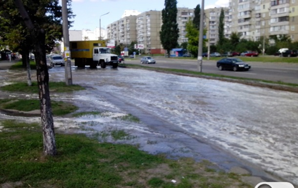 Улица Ревуцкого после ремонта