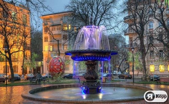 Киевские фонтаны вечером