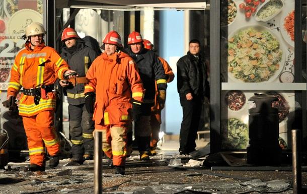 Число жертв обрушения ТЦ в Риге возросло до 25 человек, в Латвии объявят траур