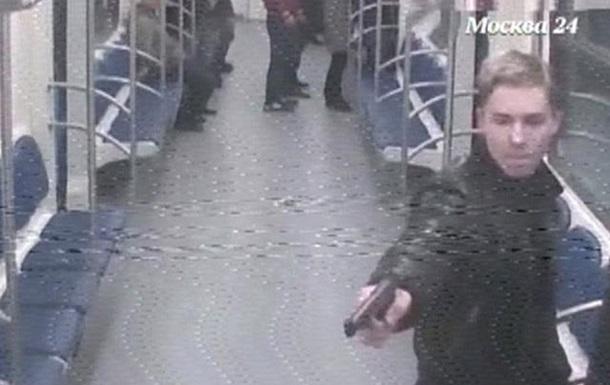 В московском метро двое мужчин расстреляли дагестанца