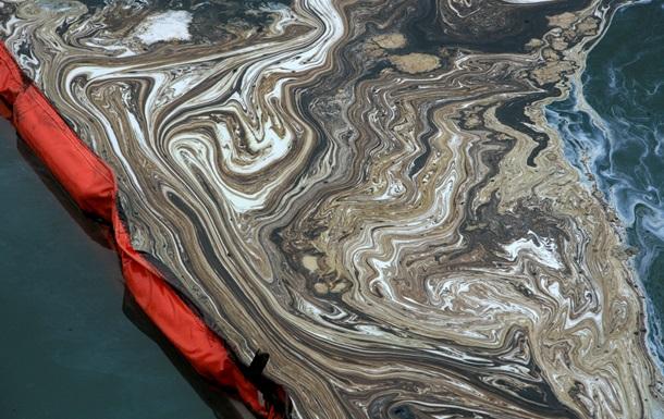 В Китае число погибших при взрыве нефтепровода выросло до 52