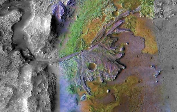 Ученые объяснили происхождение океанов на древнем Марсе