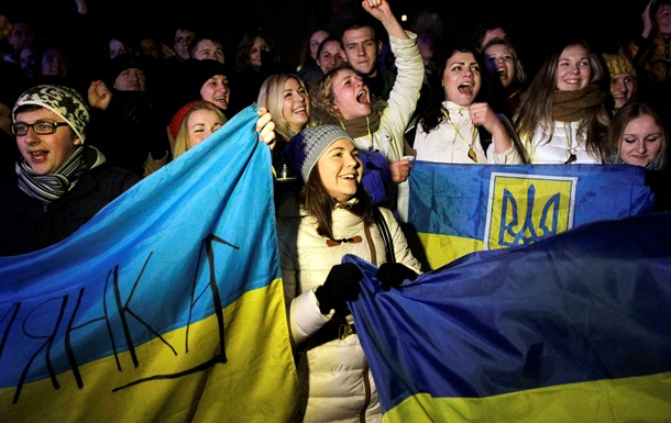 Ъ: Maidan.eu