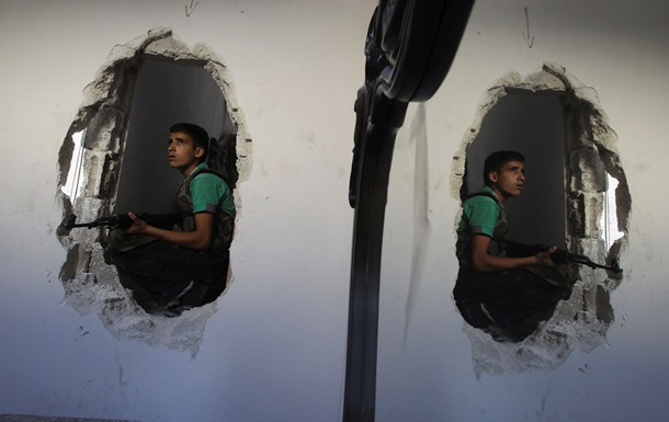 Сирийские повстанцы не намерены прекращать военные действия на время Женевы-2