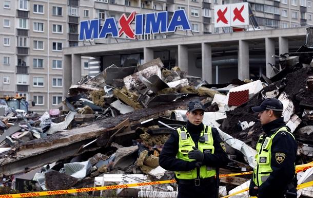 Названа возможная причина обрушения крыши в ТЦ в Риге