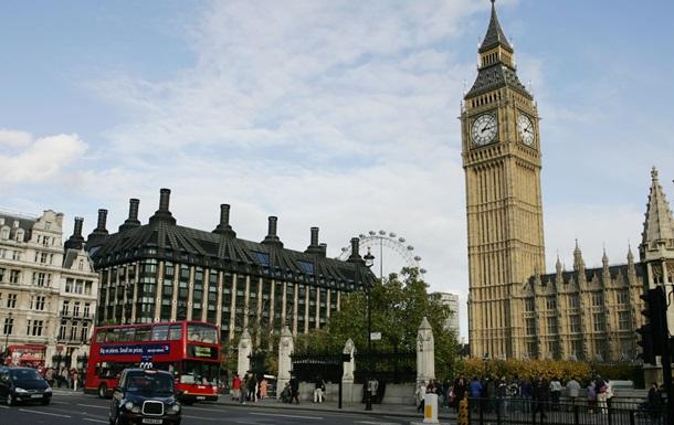 Британцы установили рекорд по трудоустройству в сфере услуг
