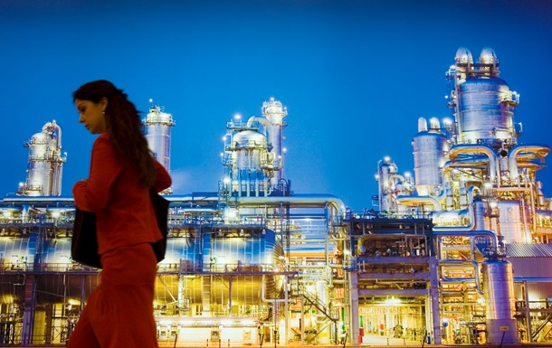 Украина просит у российского нефтегиганта 50% Лисичанского НПЗ