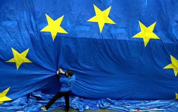 Германия и Франция хотят ввести ограничения в отношении мигрантов - СМИ