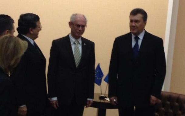 Лидеры ЕС отказались от комментариев после встречи с Януковичем