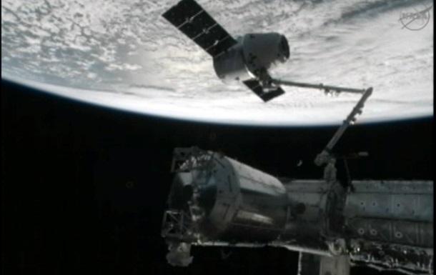 Российские специалисты выясняют, почему Прогресс пришлось стыковать с МКС вручную