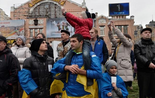 Милиция предупреждает протестующих, что будет принимать меры для разблокирования центра Киева