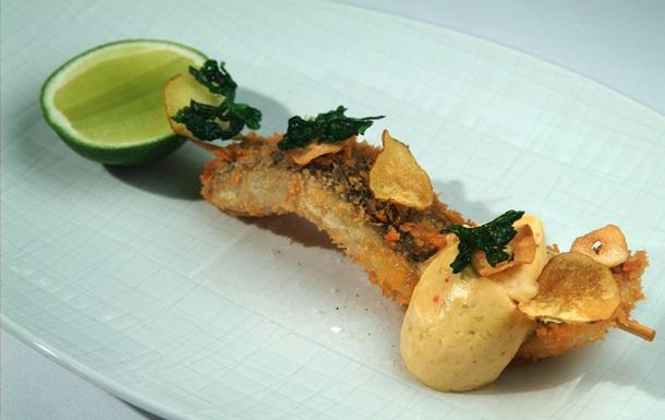 Рыбный день. Рецепт жареной сельди с лаймовым маслом от повара Свена Эрика Ренаа