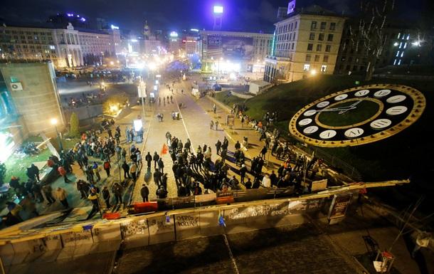 Оппозиция - Паритя регионов - провокации - Евромайдан - Оппозиция и ПР обвинили друг друга в подготовке провокаций на Евромайдане