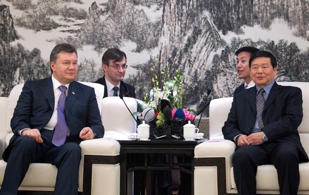 Китай - Янукович - встречи - Кличко - Китай понизил уровень встреч с Януковичем - Кличко