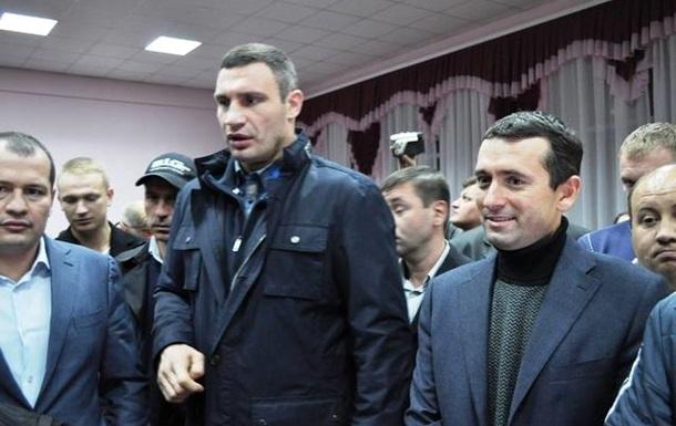 Суд снял с выборов оппозиционного кандидата в нардепы