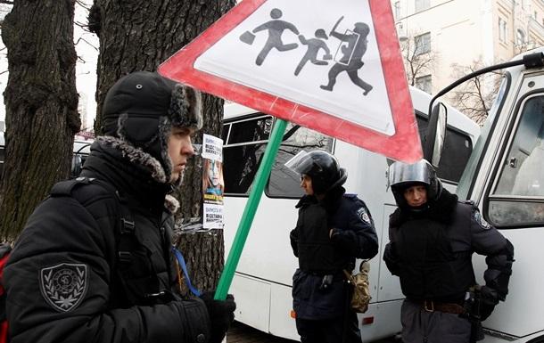 Автобус с милиционерами попал в ДТП в центре Киева