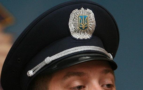 Евромайдан - провокации - задержание - Беркут - Митингующие задержали 17-летнего, бросившего петарду в Беркут