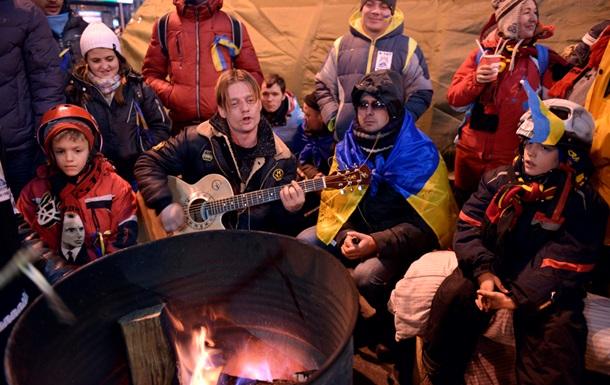 Посольство США в Украине рекомендует своим гражданам не посещать центральные улицы Киева из-за возможных столкновений