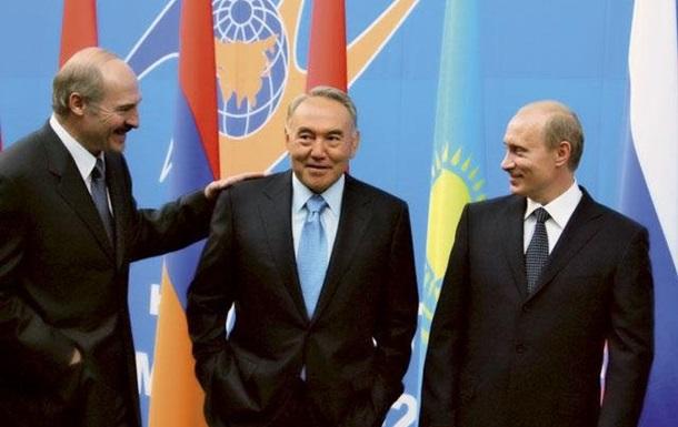 Разговоров о Таможенном союзе пока быть не может - Азаров