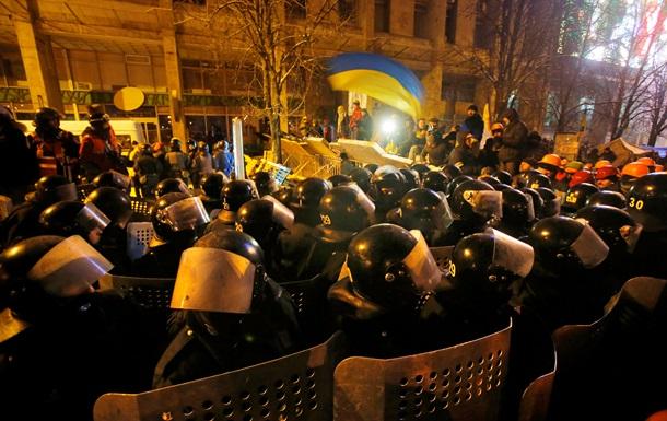 НГ: Янукович отрезает себе пути к отступлению